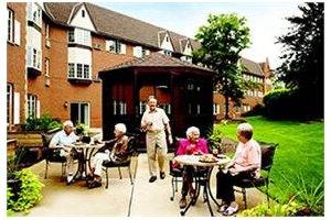 Photo 13 - American House East I Senior Living, 17255 Common Rd., Roseville, MI 48066