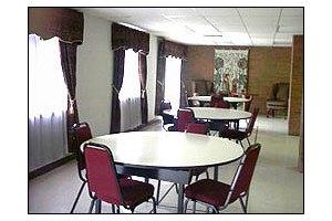 Photo 3 - American House East I Senior Living, 17255 Common Rd., Roseville, MI 48066
