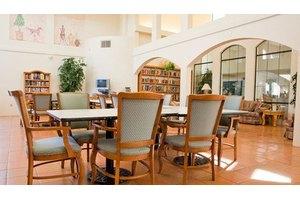 9257 W Union Hills Dr - Peoria, AZ 85382