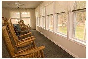 Photo 8 - Commmonwealth Senior Living at Gloucester House, 7657 Meredith Drive, Gloucester, VA 23061