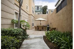810 Turquoise St - San Diego, CA 92109