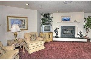 1080 Arcadia Ave - Vista, CA 92084