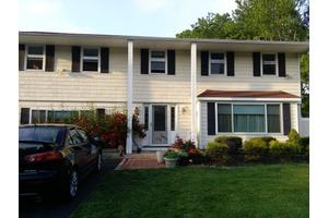 1 Rosanne Ct - Nesconset, NY 11767