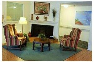 Photo 5 - Leisure Manor Senior Living, 2901 El Camino Ave, Sacramento, CA 95821