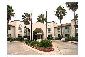 3524 Lake Boulevard - Oceanside, CA 92056