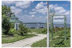 Photo 16 - Cove at RiverWinds Apartments, 370 Grove Ave, Thorofare, NJ 08086