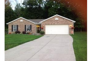 2047 River Birch Dr - Amelia, OH 45102