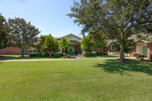 Photo 3 - Knollwood Pointe, 5601 Girby Rd, Mobile, AL 36693