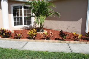 1598 Giles St NW - Palm Bay, FL 32907