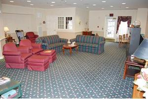 376 Goshen Rd - Torrington, CT 06790