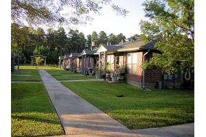 Camelot Pines Apartments, Conroe, TX