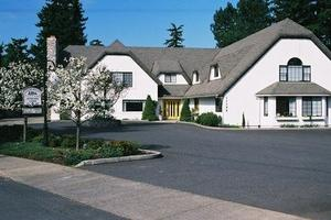 Cherry Blossom Cottage, Portland, OR