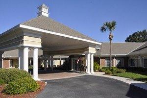 3401 West Bearss Avenue - Tampa, FL 33618