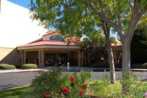 300 Valencia Drive SE - Albuquerque, NM 87108