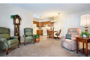Colonial Oaks Retirement Apartments, Marion, IN