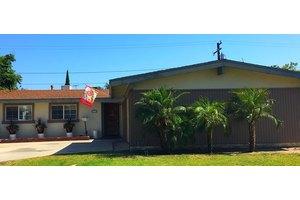 2116 W Crone Ave - Anaheim, CA 92804