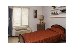 Helia Healthcare of Olney, Olney, IL