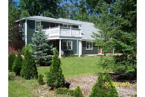 2376 S Long Lake Rd - Fenton, MI 48430