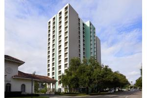 Peterborough Apartments, St Petersburg, FL