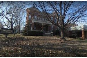 Kingston Hill, Cedar Rapids, IA