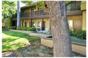 Photo 13 - Leisure Manor Senior Living, 2901 El Camino Ave, Sacramento, CA 95821
