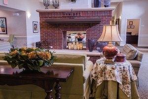 Photo 3 - Country Place Senior Living of Hamilton, 690 National Ave, Hamilton, AL 35570