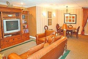 Photo 6 - Washington Oakes, 1717 Rockefeller Avenue, Everett, WA 98201