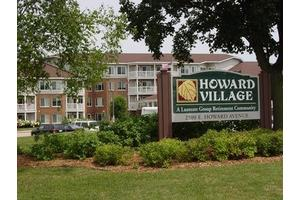 Howard Village, Saint Francis, WI