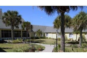 3 Clubhouse Dr - Palm Coast, FL 32137