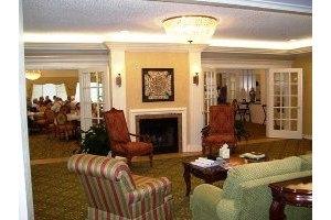 Photo 2 - Parkwood Retirement Community, 2700 Parkview Lane, Bedford, TX 76022