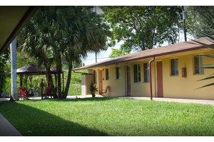 Avalon Park Retirement Residence, Hollywood, FL
