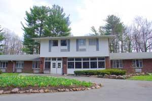 4055 Long Branch Rd - Liverpool, NY 13090