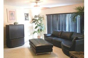 405 Rosedale Dr - Satellite Beach, FL 32937