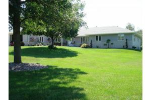 400 Hoel Ave - Stoughton, WI 53589