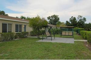 450 67th St W - Bradenton, FL 34209