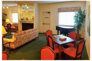 Photo 4 - Leisure Manor Senior Living, 2901 El Camino Ave, Sacramento, CA 95821