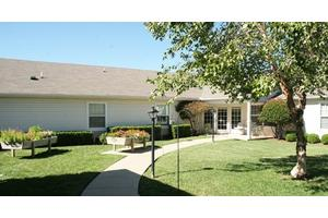 2 Assisted Living Communities In Mustang Ok