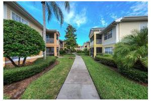 Photo 19 - Aston Gardens at The Courtyards, 231 Courtyards Blvd., Sun City Center, FL 33573