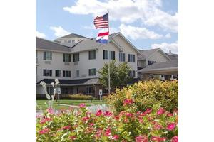 Solstice Senior Living at Lee's Summit, Lees Summit, MO