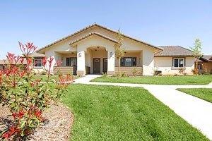4015 Scenic River Lane - Bakersfield, CA 93308