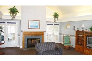 6076 Main St - Williamsville, NY 14221