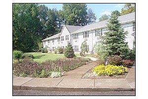 9251 Stonestreet Road - Louisville, KY 40272