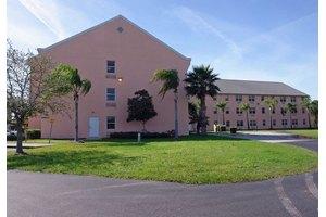 Courtney, Palmetto, FL
