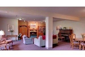 11501 15th Ave NE - Seattle, WA 98125