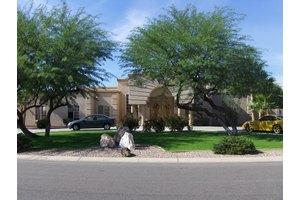 9828 N 57th St - Scottsdale, AZ 85253