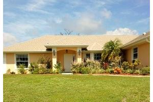 2660 Westside Ave SE - Palm Bay, FL 32909