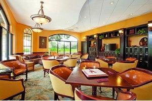 3260 Lake Pointe Blvd - Sarasota, FL 34231