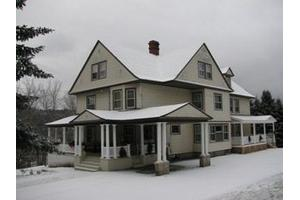 71 School St - Littleton, NH 03561
