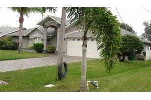 2621 SW 37th Terrace - Cape Coral, FL 33914