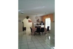 15700 SW 102nd Ave - Miami, FL 33157